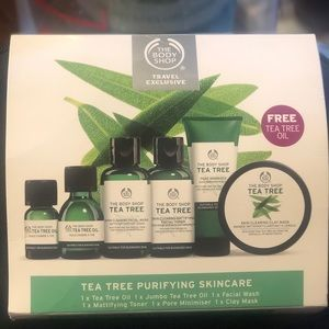 The Body Shop 6 Piece Tea Tree Travel Set